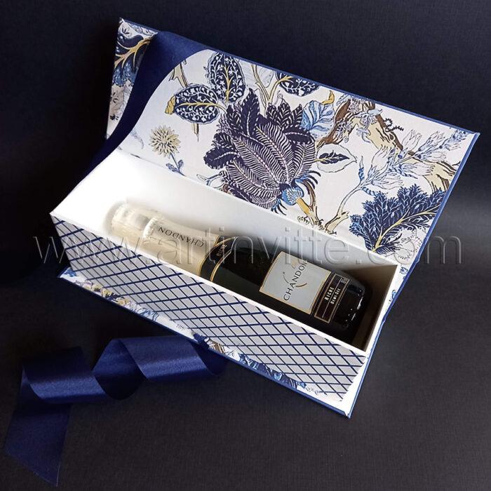 Caixa cartonada para mini Chandon - Presente dia das mães (aberta)