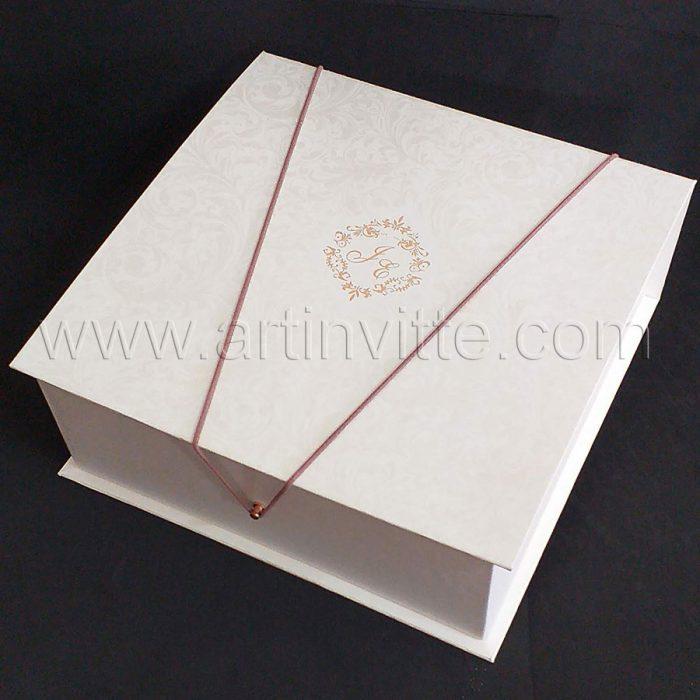 Caixas para padrinhos 002, gravata, taças, doces