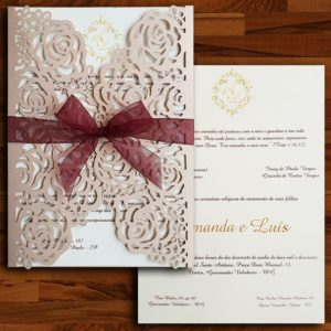 Convite de casamento modelo CCL 026 com corte a laser rosê