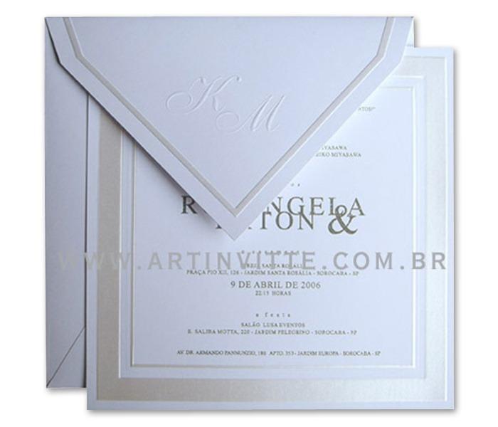 Convite de casamento quadrado com borda em prata e texto moderno ML 006