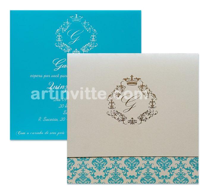 Convite Triplo Quadrado DTQ 014 em acetato com impressão em azul. Envelope em papel Aspen (perolizado) com brasão em Hot Stamping Prata e impressão de estampa adamascada em epóxi azul.