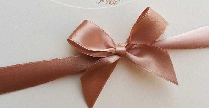 Laços e amarrações para convites de casamento e 15 anos